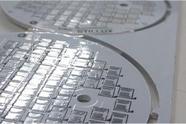 Placa de circuito impresso em alumínio